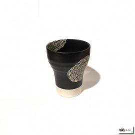 Tasse UZUMAKi blanc en céramique noire