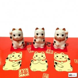 Maneki Neko TRiO en porcelaine japonaise (h4.2cm)