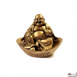 Bouddha Hotei assis sur lingot (Richesse et Longévité) en résine doré (h10cm)