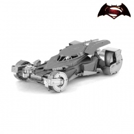 Miniature à monter en métal Batman vs. Superman BATMObiLE 2016 (L8.5cm)