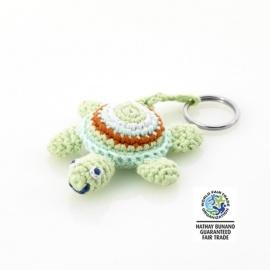 Porte-clés TORTUE pistache en crochet fait main 100% coton (L9cm)