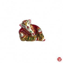 Ganesh allongé en aluminium peint à l'émail rouge (h3.5cm)