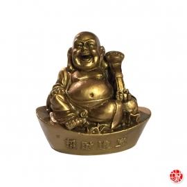Bouddha Hotei avec ru-yi sur lingot en résine doré (h7.5cm)