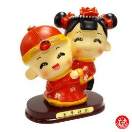 Figurine Jeunes mariés chinois en résine (Tirelire h14cm)