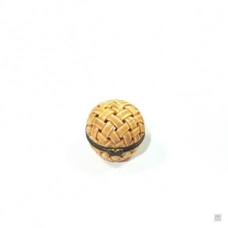 Boîte boule VANNERiE ajourée en os de buffle