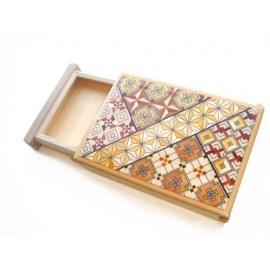 Boîte à cigarettes ''magique'', motif KOYOSEGi (12*9cm)