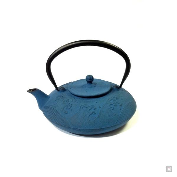 Th i re nami en fonte japonaise bleu kim thanh - Theieres en fonte japonaises ...