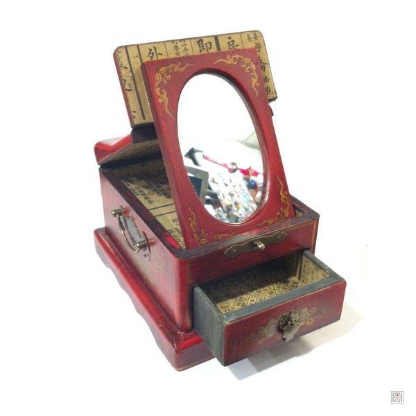 bo te bijoux avec miroir et 1 tiroir fleurs oiseau kim thanh. Black Bedroom Furniture Sets. Home Design Ideas